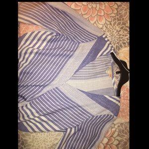 Long sleeve deep cut blouse